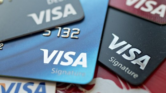 Reducing fees: European Union forces Visa and MasterCard to cut card fees